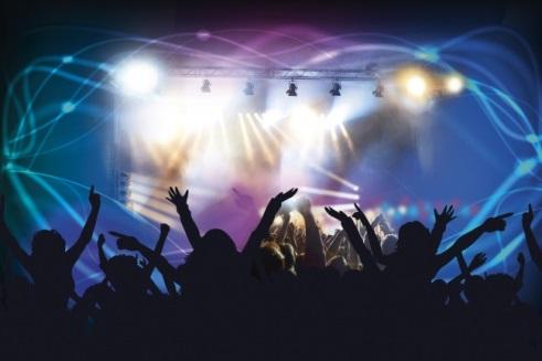 Musisi Berpendapatan Fantastis dari Konser Spektakuler