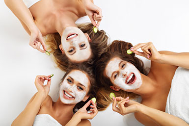 Beauty Fun Activities With Besties